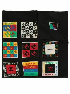 Chanel Pre-Owned logo scarf - Black