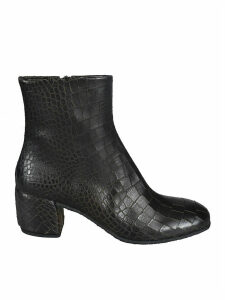 Del Carlo Side Zipped Ankle Boots