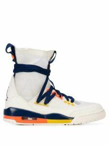 Nike JORDAN W Air 3 hi-top sneakers - White