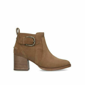 Ugg Leahy - Tan Suede Ankle Boot With Contrast Block Heel