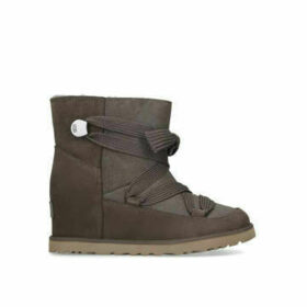 Ugg Classic Femme Lace-up - Grey Ankle Boot With Hidden Wedge