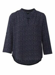 Womens *Izabel London Navy Geometric Print Blouse, Navy