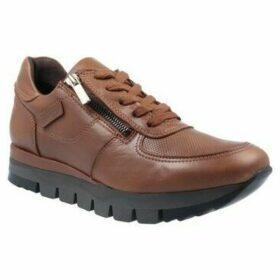Carmela Shoes  Carmela 67099 Zapatillas Deportivas Casual de Mujer  women's Shoes (Trainers) in Brown