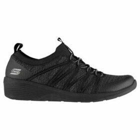 Skechers  Arya Womens  women's Shoes (Trainers) in Black