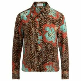 Rixo  Jamie model  shirt in a 70s inspired Hawaii Giraffe print  women's Shirt in Other