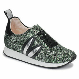 Minna Parikka  LD RUNNER  women's Shoes (Trainers) in Green