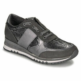 Marco Tozzi  -  women's Shoes (Trainers) in Grey