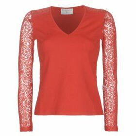 Moony Mood  LANELORE  women's Blouse in Red