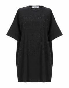KATHARINE HAMNETT LONDON TOPWEAR T-shirts Women on YOOX.COM