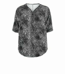 Blue Vanilla Curves Black Spot Print Zip Top New Look