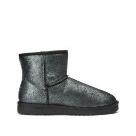 Metallic Fur Boots