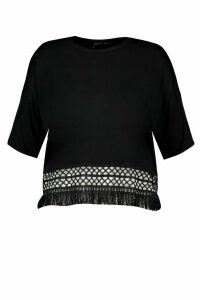 Womens Plus Crochet Tassel Beach T-Shirt - black - 16, Black