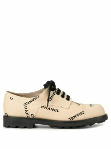 Chanel Pre-Owned embroidered logo sneakers - Brown