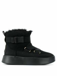 Ugg Australia crossover strap buckled boots - Black