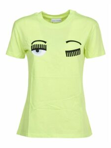 Chiara Ferragni Yellow T-shirt flirting
