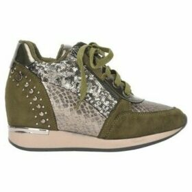 Xti  Compensated basketball  women's Shoes (Trainers) in Green