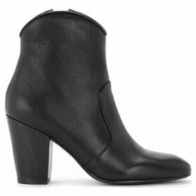 Chie Mihara  Texan ankle boot in black leather  women's Low Ankle Boots in Black
