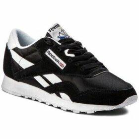 Reebok Sport  CL Nylon  women's Shoes (Trainers) in multicolour