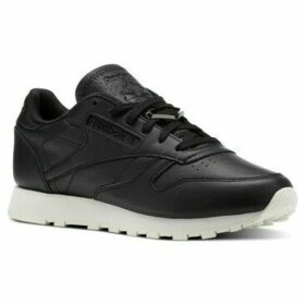 Reebok Sport  Classic Leather Hardware  women's Shoes (Trainers) in Black