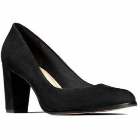 Clarks  Kaylin Cara  women's Court Shoes in Black