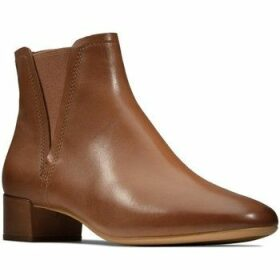 Clarks  Orabella Ruby  women's Low Ankle Boots in Brown