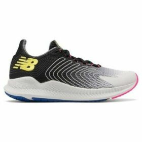 New Balance  WFCPRLF1  women's Running Trainers in multicolour
