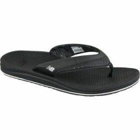 New Balance  6086  women's Flip flops / Sandals (Shoes) in Black