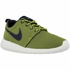 Nike  Rosherun  women's Running Trainers in Green