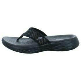 Skechers  Onthego 600 Bade  women's Flip flops / Sandals (Shoes) in Black