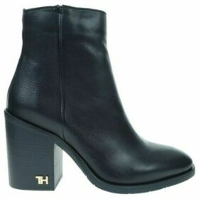 Tommy Hilfiger  FW0FW04279463  women's Low Ankle Boots in Black