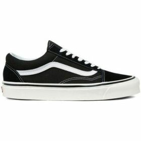 Vans  Old Skool 36 DX Blackwhite  women's Shoes (Trainers) in Black