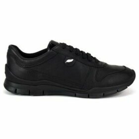 Geox  Sukie  women's Shoes (Trainers) in Black