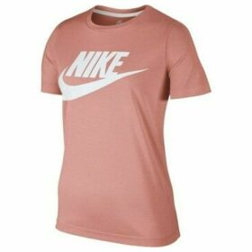 Nike  Sportswear Essential  women's T shirt in Beige