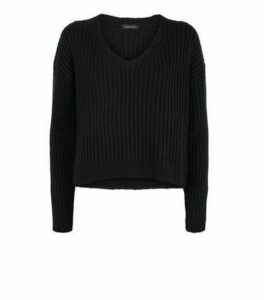 Black Ribbed V Neck Crop Jumper New Look