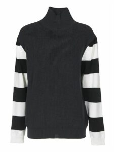 Grey Pullover With Striped Sleeves