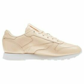 Reebok Sport  Classic Leather  women's Shoes (Trainers) in Pink
