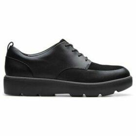 Clarks  UN Balsa Lace  women's Casual Shoes in Black