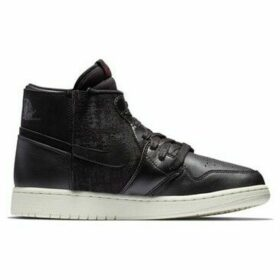 Nike  Air Jordan 1 Rebel XX  women's Shoes (High-top Trainers) in Black
