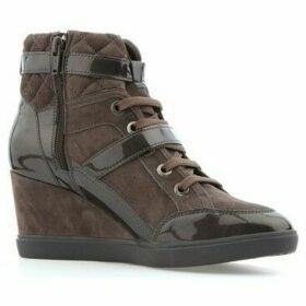 Geox  D Eleni C  women's Mid Boots in Brown