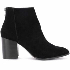 Steve Madden  Jamesie ankle boot in black suede leather  women's Low Ankle Boots in Black