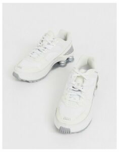 Nike Cream And Silver Shox Enigma 9000 Trainers