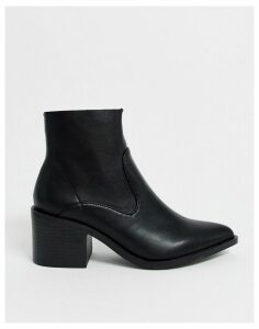 New Look faux leather pointed block heeled boots in black