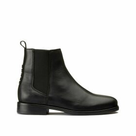 Pin Logo Chelsea Leather Boots