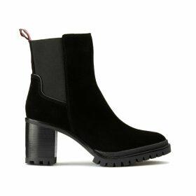 Mid-Heel Sport Chelsea Boots