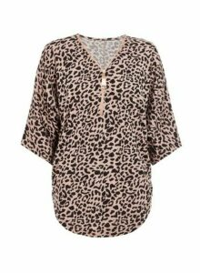 Womens *Quiz Multi Colour Leopard Print Zip Knitted Top- Pink, Pink