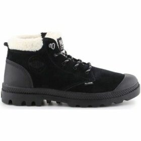Palladium  Pampa LO WT  women's Shoes (High-top Trainers) in Black