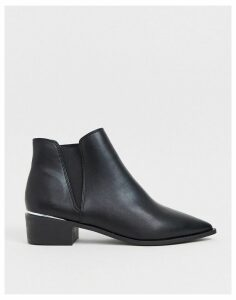 London Rebel western ankle boots in black
