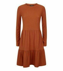Rust Crinkle Long Sleeve Smock Dress New Look