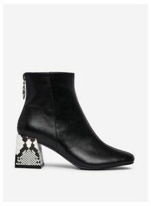 Womens **Lola Skye Black Animal Print 'London' Ankle Boots, Black