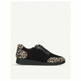 Comma panelled trainers